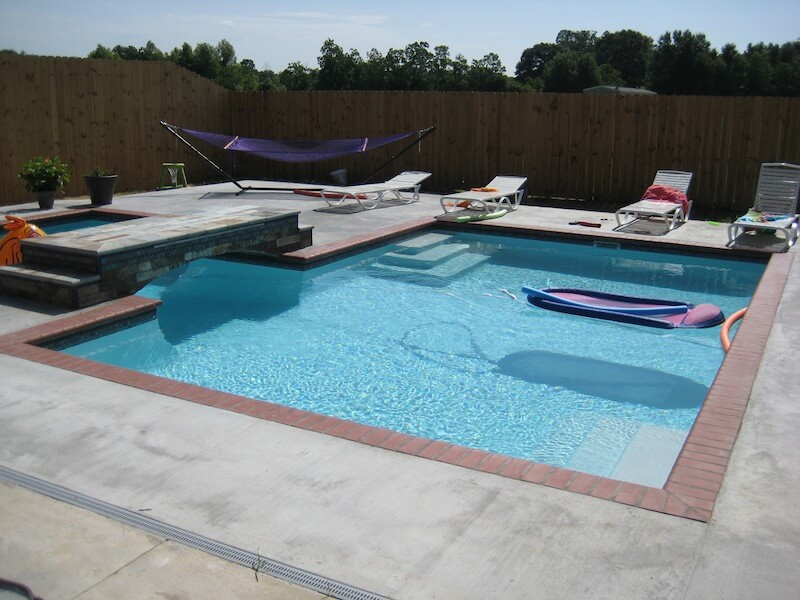 Modern pools latest beautiful modern swimming pool for Affordable pools lafayette louisiana