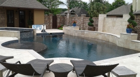 Geometric-pool-with-raised-spa-and-wall