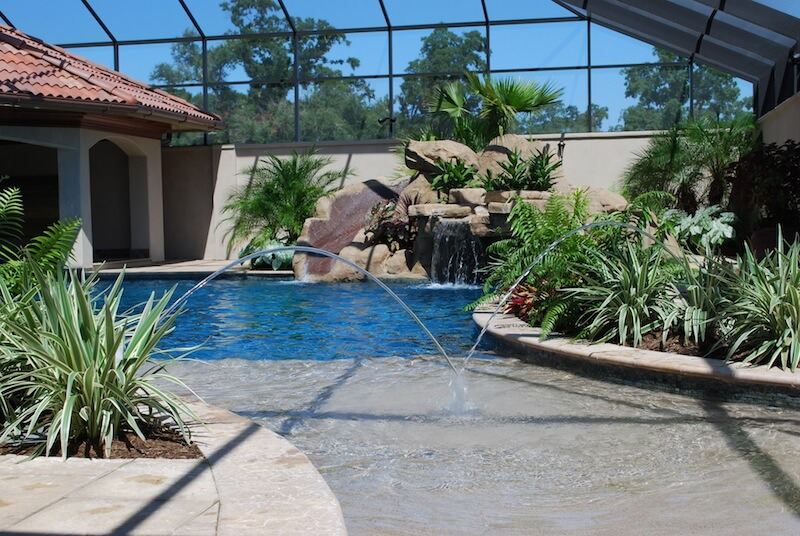 Raised Gunite Spa With Antique Brick Overlay Baja Shelf