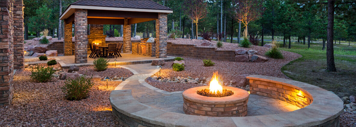 Patio & Pool Outdoor Living